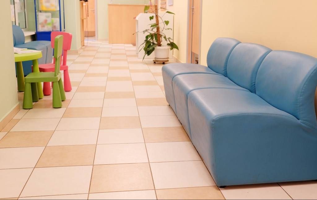 commercial tile and grout clenaing